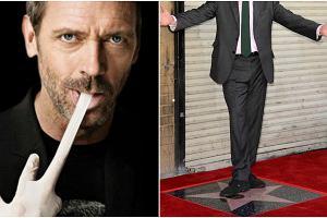 Dr House to jeden z największych serialowych hitów ostatnich kilkunastu lat. Odtwórca głównej roli, Hugh Laurie, stał się jednym z najlepiej opłacanych telewizyjnych aktorów i zdobywcą wielu nagród. Dziś ukoronowaniem jego kariery jest gwiazda w hollywoodzkiej Alei Sław. Odebrał ją w oryginalnym stylu. Stylu dr. House'a.
