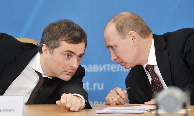 Putin i jego doradca wizerunkowy Władisław Surkow