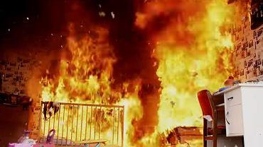 'Tak płonie pokój dziecka'
