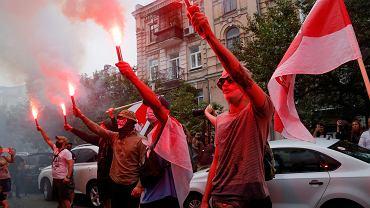 Demonstracja pod ambasadą Białorusi w Kijowie, 10 sierpnia 2020 r.