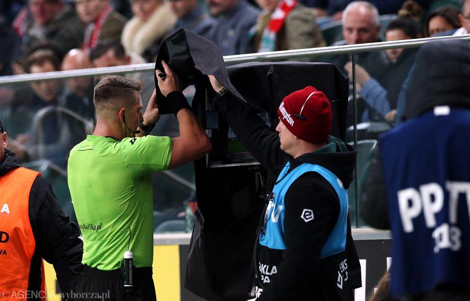 System VAR obowiązuje już m.in w polskiej LOTTO Ekstraklasie. Teraz zostanie wprowadzony do Ligi Mistrzów