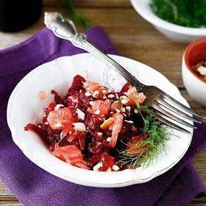 Sałatka z buraków z grejpfrutem i kozim serem