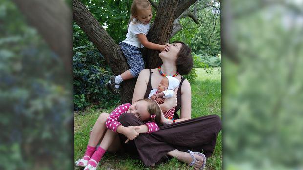 Hanna Zielińska z trójką swoich dzieci