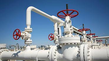 W piątek po południu Białoruś w alarmistycznym tonie ogłosiła, że Polska zwróciła się o wstrzymanie tranzytu ropy naftowej z powodu problemów technicznych. Niespełna godzinę później przesył ropy wznowiono.
