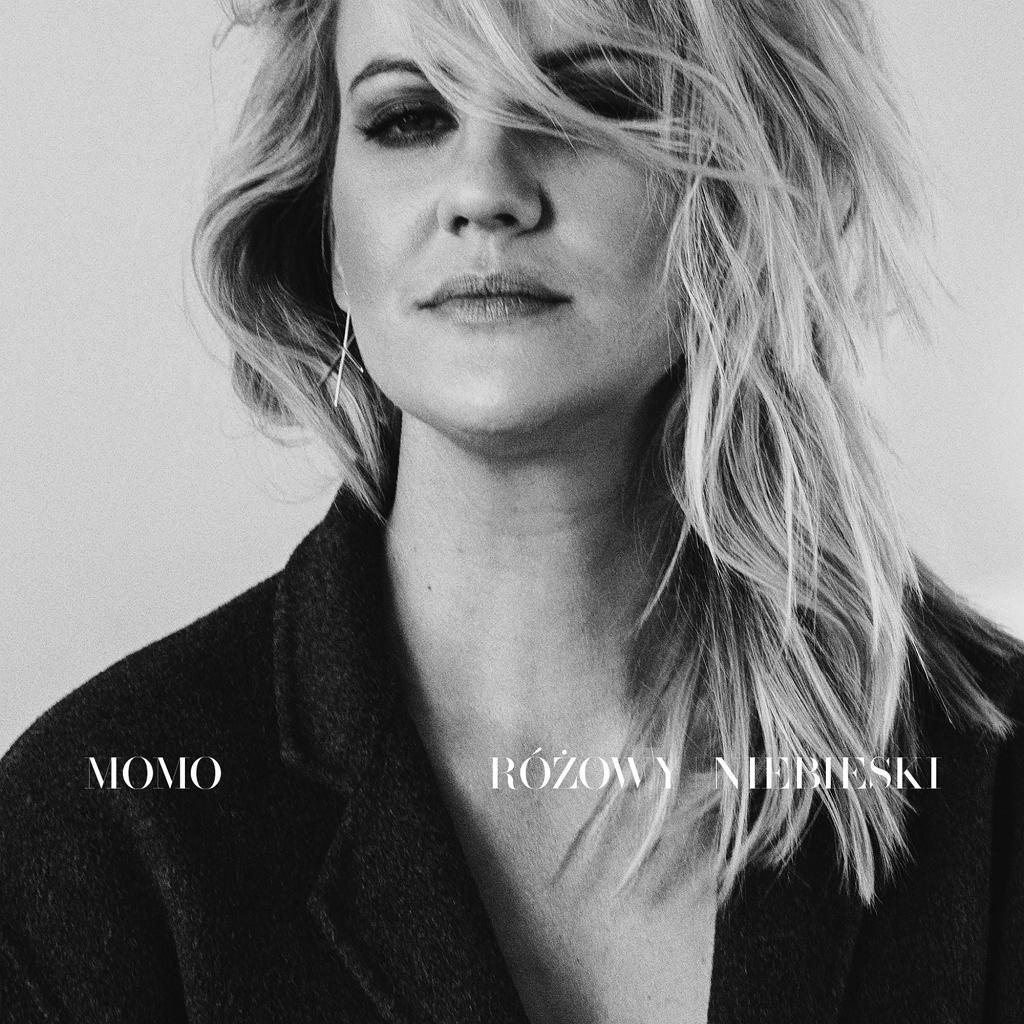 Okładka płyty zespołu MoMo pt. 'Różowy / Niebieski'