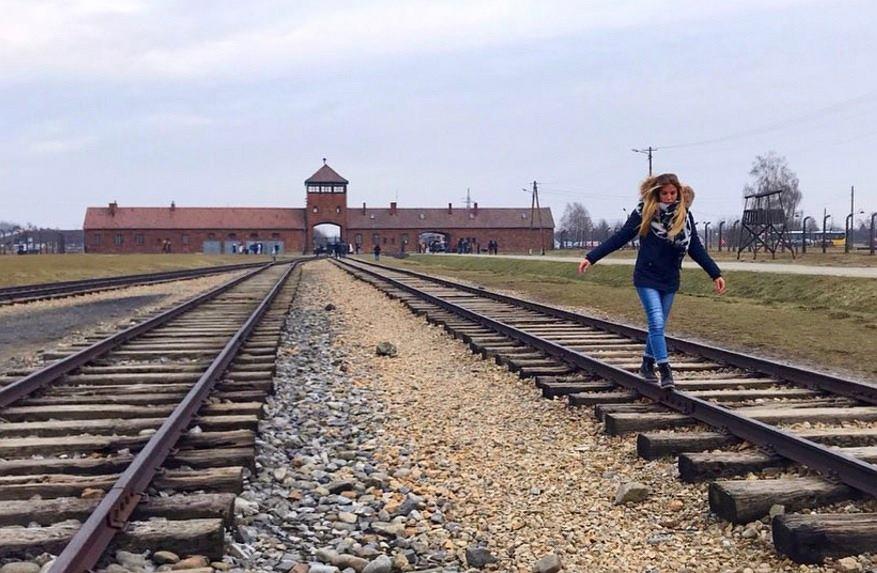 Muzeum Auschwitz zwróciło się z apelem do zwiedzających