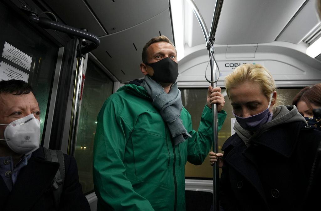 Aleksiej Nawalny wraz z żoną Julią Nawalną w Moskwie