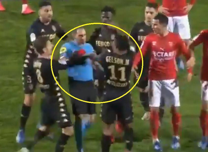 Gelson Martins zaatakował sędziego