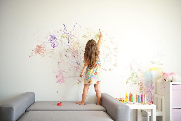 Kwarantanna to wyzwanie dla rodziców. Co robić, gdy malowanie farbami i oglądanie bajek już nie wystarcza?
