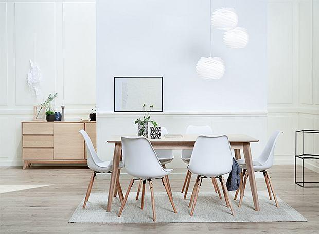 Modne krzesła do jadalni w skandynawskim stylu