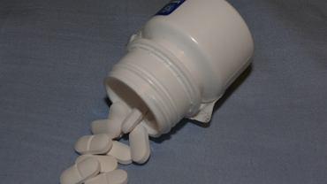 Leki przeciwzakrzepowe - czy są dostępne bez recepty?