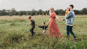 Jak wzmacniać więzi rodzinne?