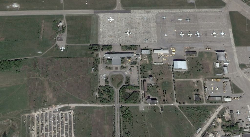 Stare lotnisko w Doniecku. Rok 2002