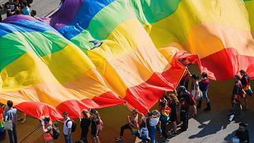 Rada Sołecka w Istebnej chce 'uwolnić' gminę ideologii LGBT