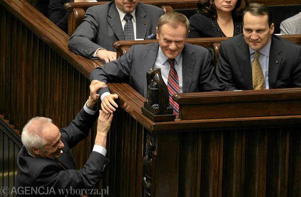 Stefan Niesiołowski, Donald Tusk i Radosław Sikorski