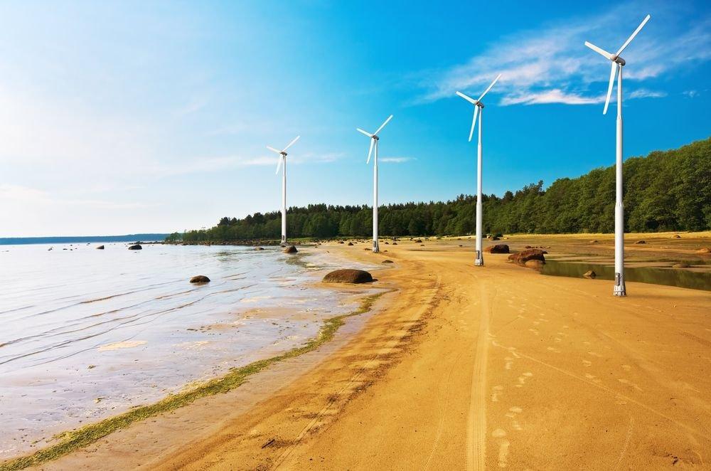 Turbiny na plaży Osace/ Fot. Shutterstock