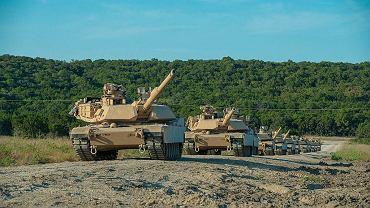 """Czołgi Abrams dla Polski. Związkowcy zbrojeniówki krytykują rząd. """"To oznacza likwidację zakładów"""""""