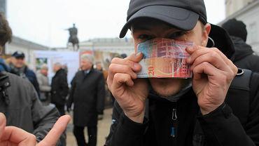 Kredyty frankowe. KNF pisze do Sądu Najwyższego. Koszmarne kwoty