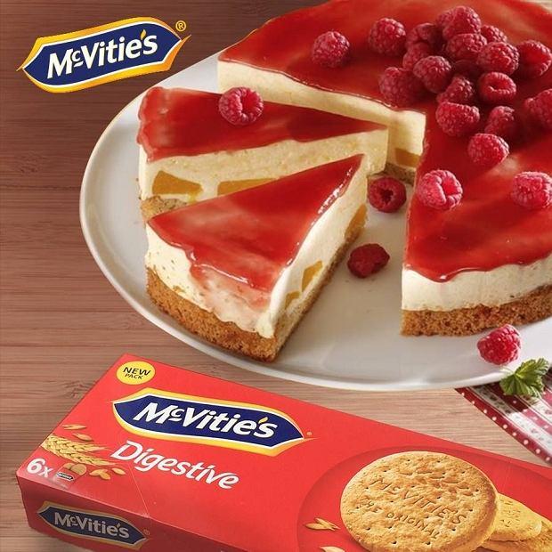 Brzoskwiniowy tort Melba od McVitie's na wiosenne przyjęcie