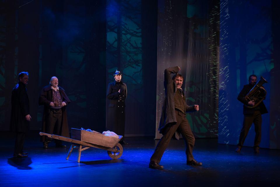 Zdjęcie numer 4 w galerii - Remus jak Don Kichot. Po premierze w Teatrze Miejskim w Gdyni