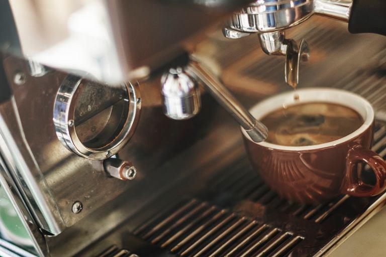 Ekspresy do kawy do 600 zł