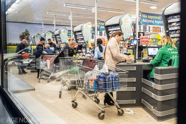 Godziny otwarcia sklepów w Wigilię 2020. Do której zrobimy zakupy?