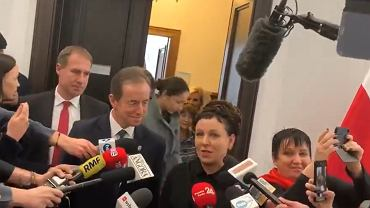 Olga Tokarczuk i Tomasz Grodzki po spotkaniu w Senacie.