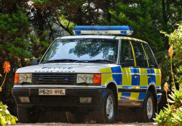 Range Rover II w policyjnym mundurze