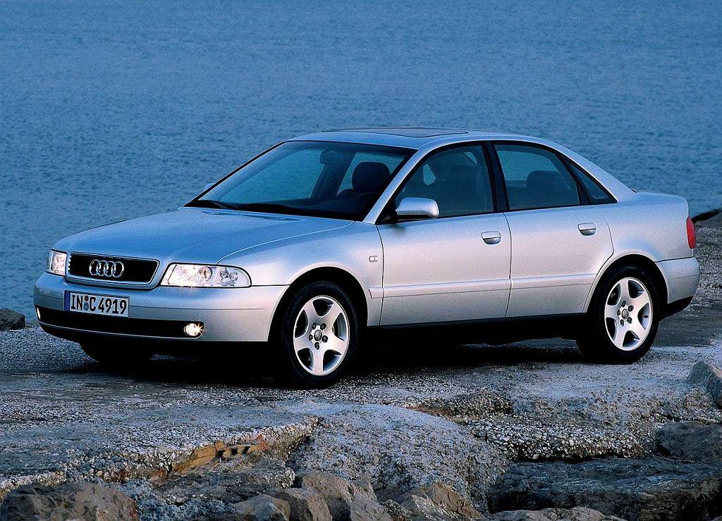 Audi A4 (B4)
