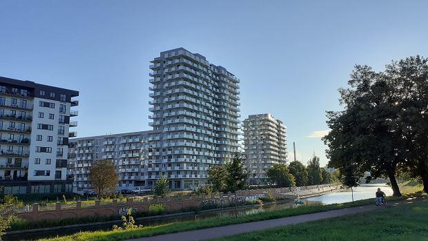 Nowe budynki na Kleczkowie powstały na poprzemysłowym terenie po ZNTK