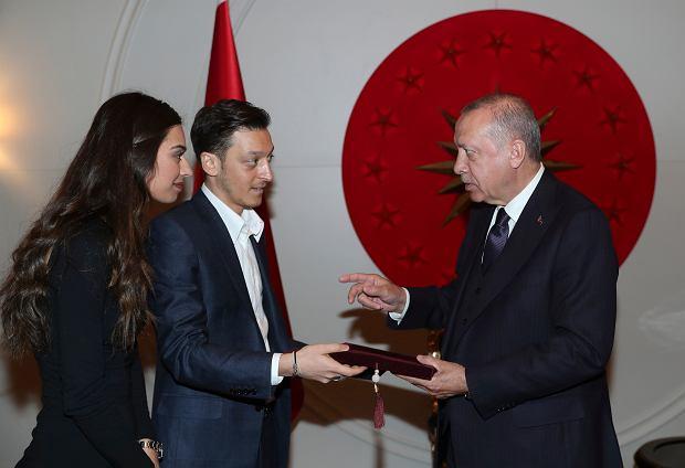 Mesut Ozil zaprosił Recepa Erdogana na swój ślub