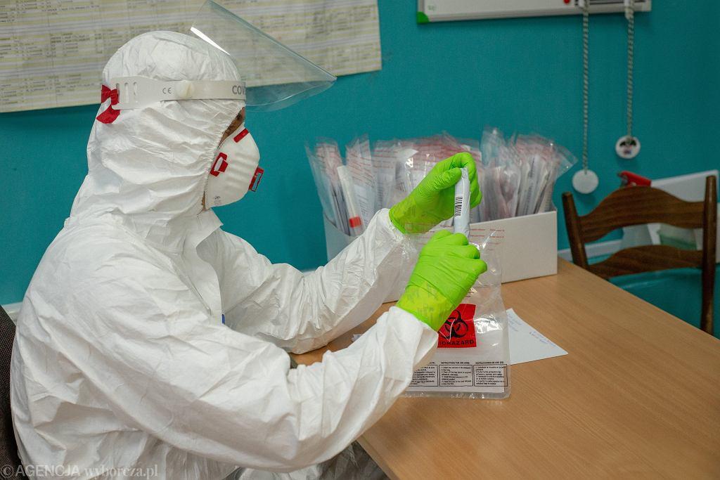 Testowanie nauczycieli w Bydgoszczy na obecność koronawirusa