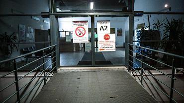 Koronawirus we Wrocławiu. Najwięcej osób z podejrzeniem zakażenia przebywa w szpitalu przy ul. Koszarowej