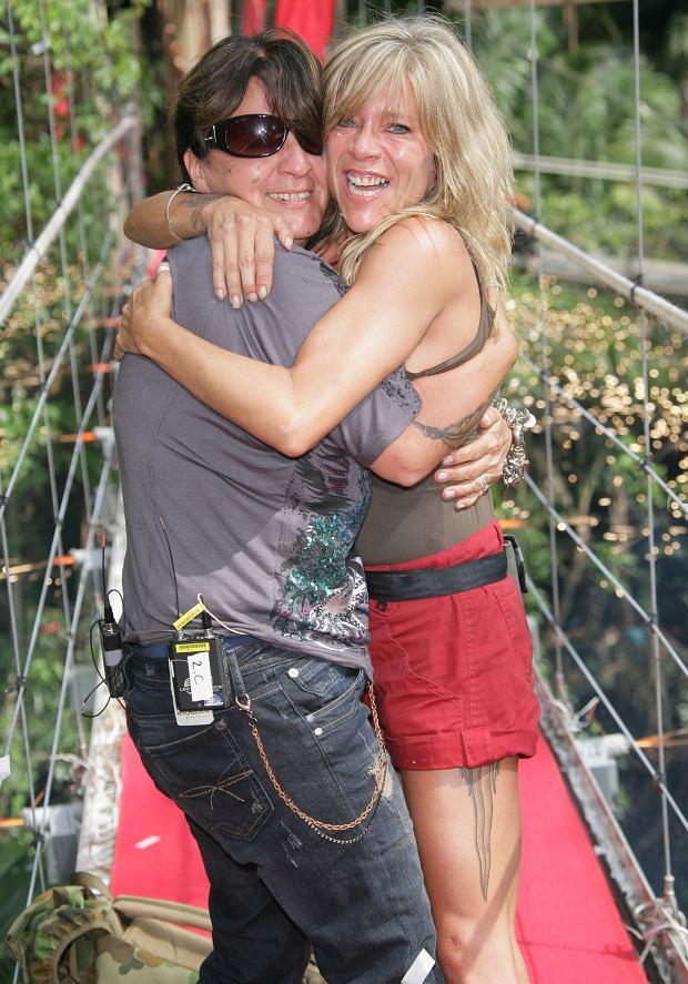 Myra Stratton i Samantha Fox