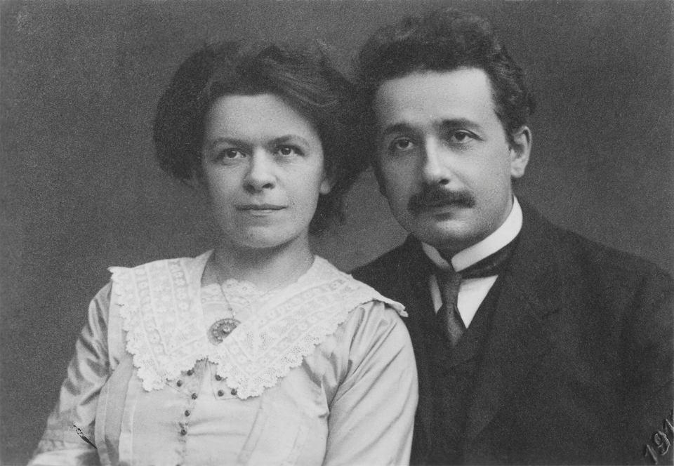 Mileva Marić (1875-1948) z mężem Albertem Einsteinem (1879-1955) w Pradze, gdzie małżeństwo mieszkało w latach 1905-12