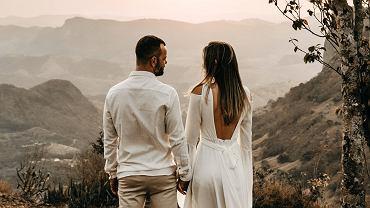Rocznica ślubu. Jakie są nazwy i symbole rocznic? Dowiedz się, jaki prezent zrobić ukochanej osobie