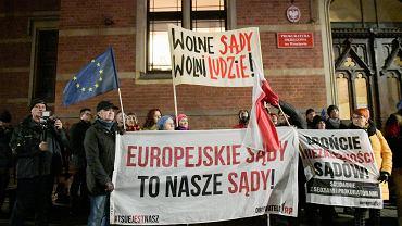 Pikieta przeciwko 'ustawie kagańcowej' PiS. Wrocław, 14 lutego 2020 r.