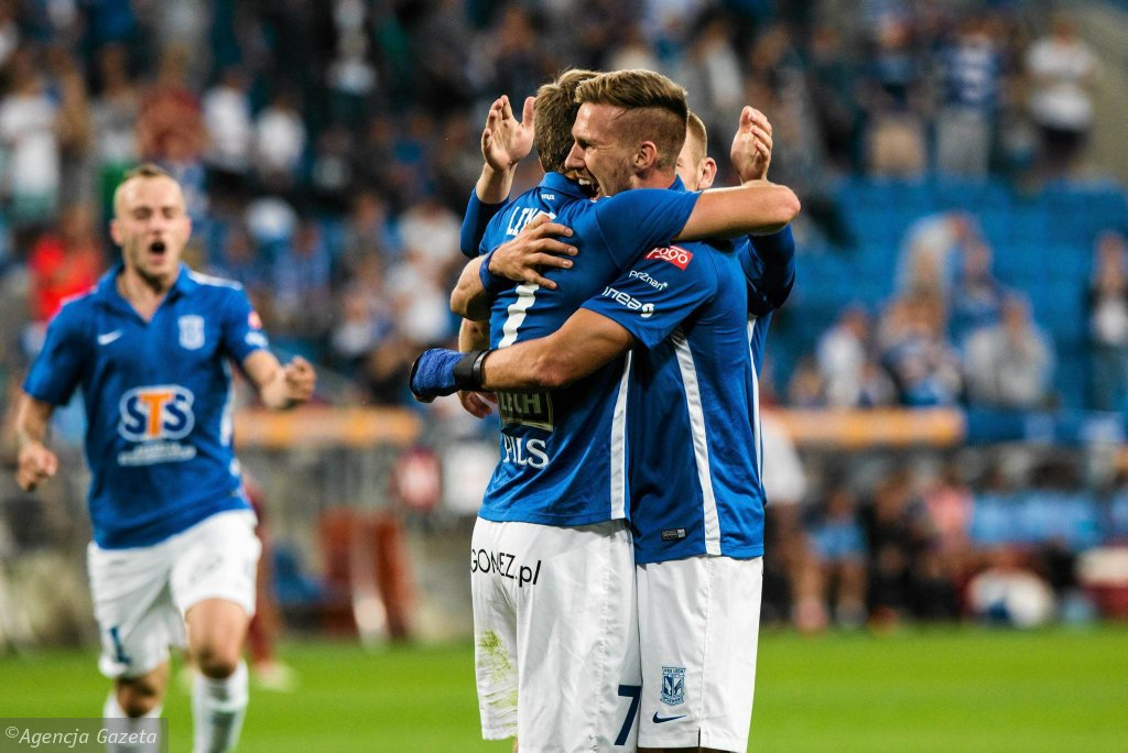 Lech Poznań - Videoton Szekesfehervar 3:0 w pierwszym meczu IV rundy eliminacji do Ligi Europy. Karol Linetty, Barry Douglas, Łukasz Trałka