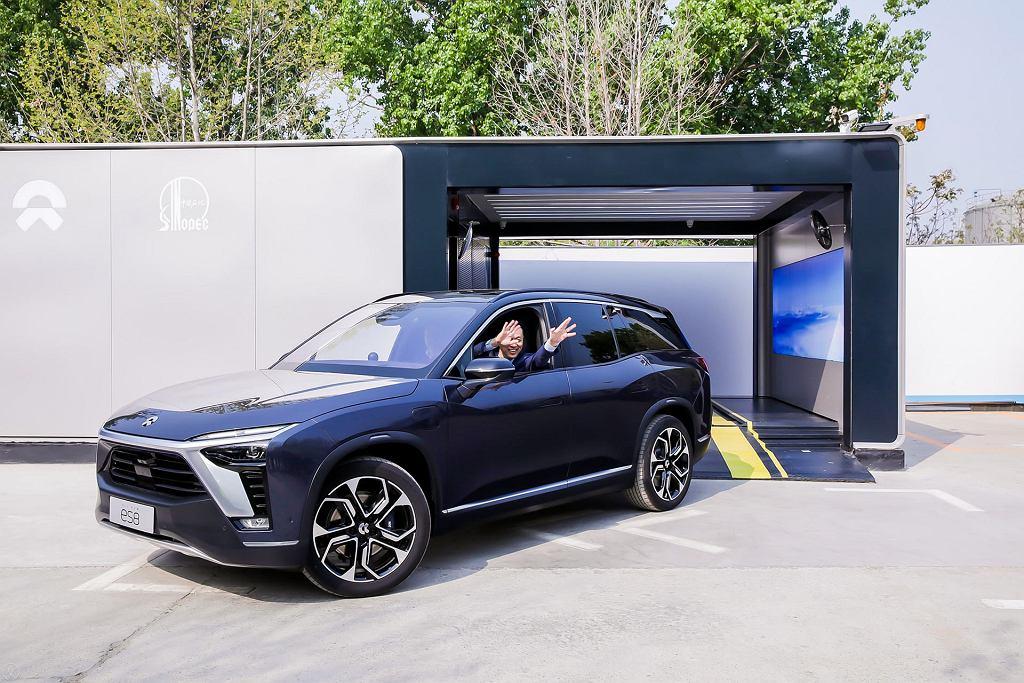 Stacja wymiany baterii w samochodach elektrycznych Nio