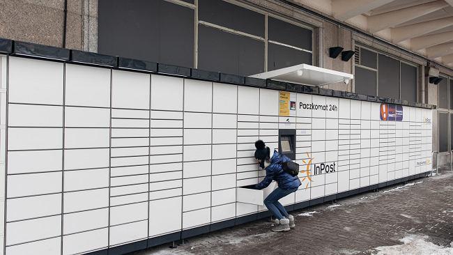 """Polskę zaleje lawina paczkomatów. """"Tylu nowych automatów do paczek jeszcze ten kraj nie widział"""""""