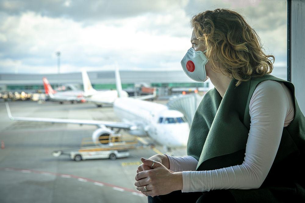 Noszenie maseczek na lotniskach jest obowiązkowe