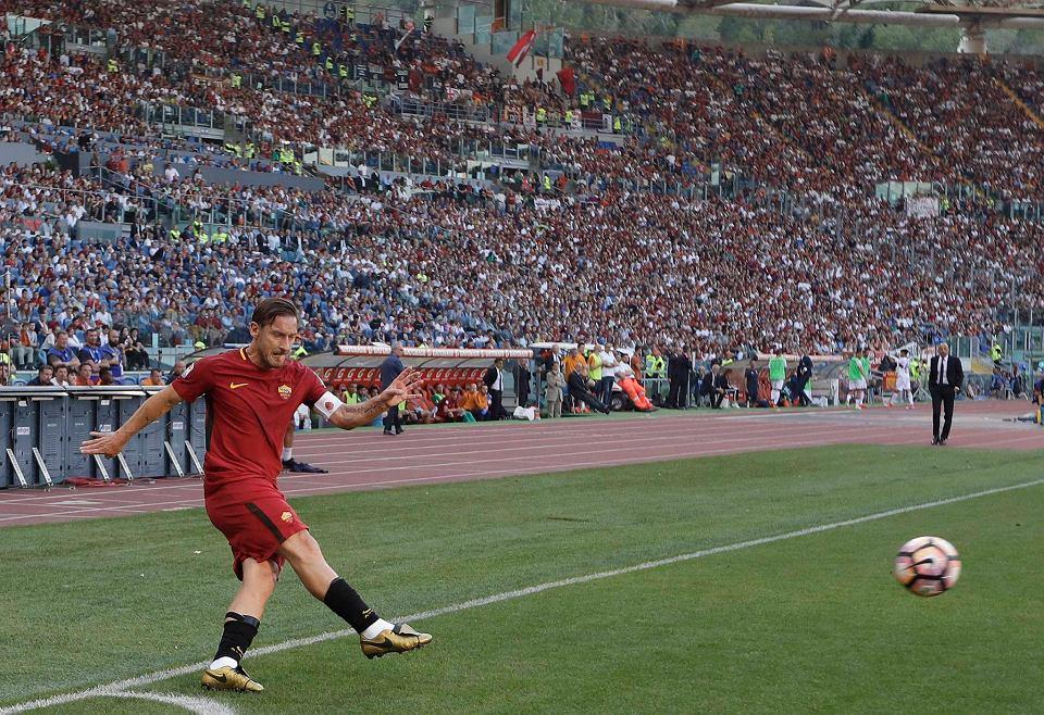 Zdjęcie numer 0 w galerii - Serie A. Wzruszające pożegnanie Francesco Tottiego! [ZDJĘCIA]