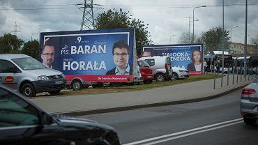 Wybory samorządowe 2018. Straż miejska w Gdyni usunęła bilbordy kandydatów PiS