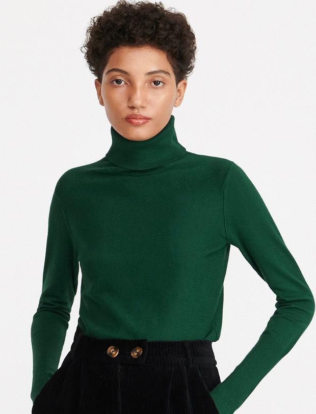 3. Sweter z golfem