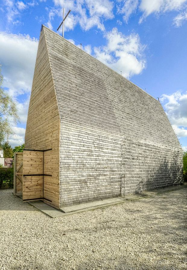 Kaplica w Tarnowie nad Wisłą (proj. studio beton.)