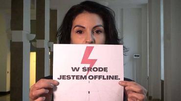 Prof. Karolina Jaklewicz, pełnomocniczką rektora Politechniki Wrocławskiej ds. przeciwdziałania dyskryminacji poparła protesty kobiet. Na uczelni są zbierane podpisy, żeby ja odwołać.