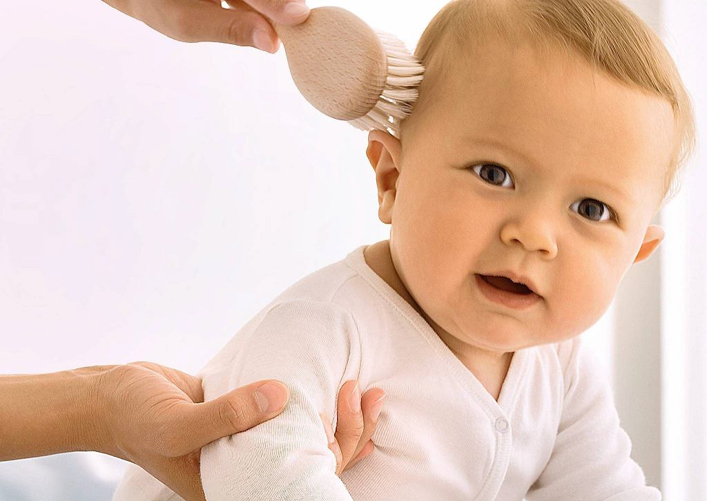 Ciemieniucha u niemowląt to niegroźna przypadłość, której łatwo zaradzić.