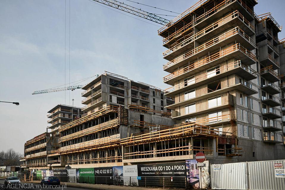 Budowa osiedla przy ul. Drewnowskiej 43.