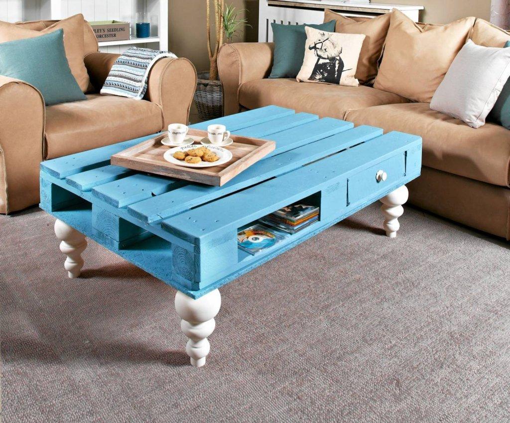 Stylowy stolik z palety.