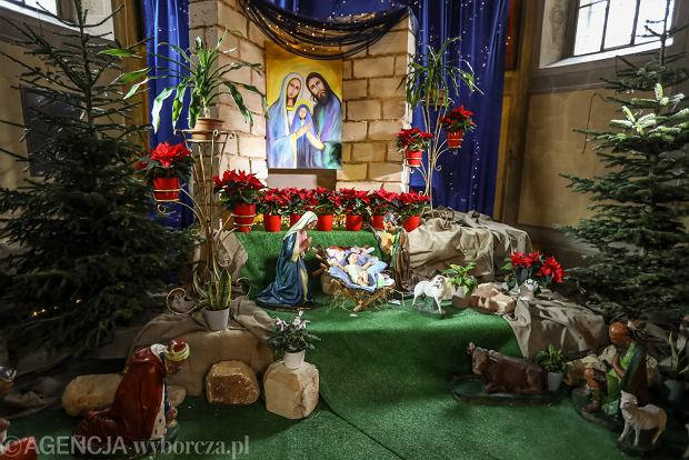 Zdjęcie numer 14 w galerii - Jezusek w skromnej stajence. Zobacz, jak wyglądają szopki w kieleckich kościołach [ZDJĘCIA]